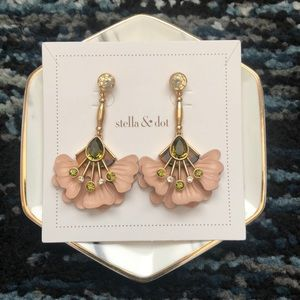 Stella and Dot Rory Floral Drops Earrings